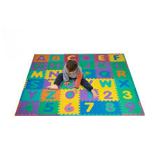 amazoncom foam floor alphabet and number puzzle mat for kids