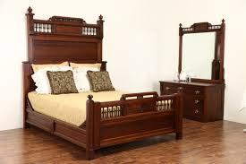 antique oak bedroom furniture shabby chic bedroom furniture antique table antiques roadshow free antique appraisals