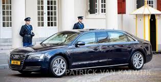 King Willem-Alexander rolls in an Audi A8 limousine | AllNews