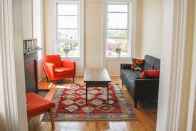 One of the many New York apartments available to rent on Airbnb