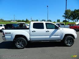 Toyota Tacoma White 2013 - image #132