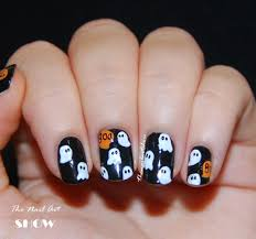 The Nail Art Show: Boo! Ghost Pattern Nail Art