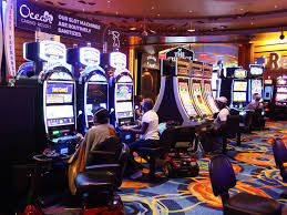 Do Big Bets Help In Playing Slots? - Sports Talk Florida - N