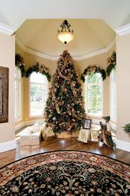 Best 25 White Christmas Trees Ideas On Pinterest  White What Day Do You Take Your Christmas Tree Down On