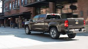 2017 Chevy Colorado vs 2017 Toyota Tacoma near Denver, CO - Medved ...