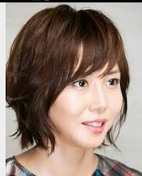 松嶋菜々子の髪型ショートについて In 髪型 短い 女性 Divtowercom