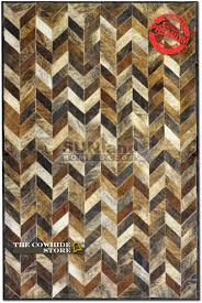 Sunland Home Decor Flooring Chic Cowhide Patchwork Rug In Mixed Brindle With Zigzag