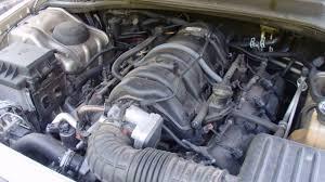 2006 Chrysler 300C 5.7L Hemi - Engine Running and Revved Up - YouTube