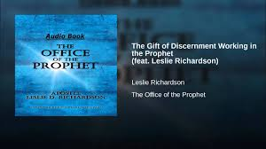 the gift of discernment working in the feat leslie richardson