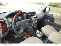 2005 Mitsubishi Montero Limited 4x4 interior Photo #49342362 ...
