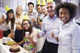 How To Organize An Amazing Farewell Party At The Office