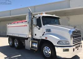 How to locate a great Mack Pickup truck Seller   Lancer Automotive