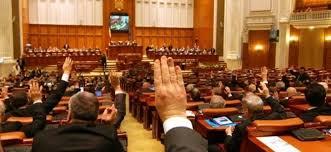 Parlamentul a votat cresterea pensiilor cu 40%. Propunerea PSD a