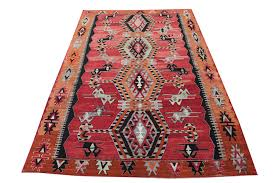 a closer look on kilim rugs