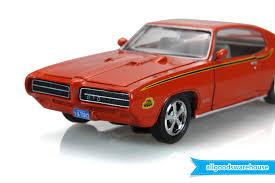 Classic 1969 Pontiac GTO Judge Carousel Red 1:24 scale diecast ...