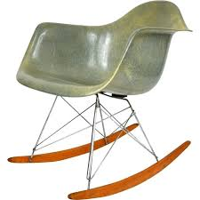 ray and charles eames furniture. Charles And Ray Eames Furniture Rocking Chair First Edition In Fiberglass Lounge .