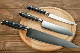 before you a kitchen knife set you should be sure of the quality of