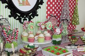 Polka dotted decorations for Christmas dessert table