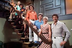Here's What HGTV's Groovy Brady Bunch House Will Look Like