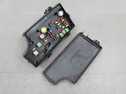 06 10 pt cruiser bcm tipm integrated power module fuse box 06 10 pt cruiser bcm tipm integrated power module fuse box 56049719ao