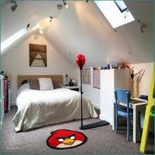 Schlafzimmer Schruge Streichen Und Welche Wandfarbe Im Schlafzimmer