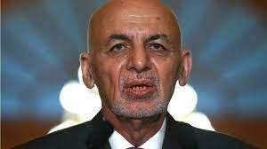 """الإمارات تستقبل الرئيس الأفغاني الفار أشرف غني وأسرته """"لأسباب إنسانية"""""""