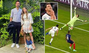 Hummels own goal vs france • france 1:0 germany подробнее. Euro 2020 Mats Hummels Three Year Old Son Celebrates His Own Goal Against France Daily Mail Online
