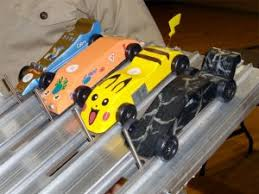 pinewood derby race cars how to make a fast pinewood derby car boys life magazine