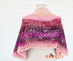 Lion Brand Free Crochet Patterns Classy Amelia Shawl Moogly