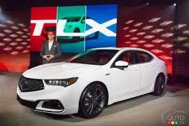 2018 acura tsx. wonderful tsx jon ikeda acura vice president and general manager poses next to the new  2018 intended acura tsx