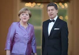 Merkel was born angela dorothea kasner on 17 july 1954 in hamburg. Joachim Sauer Angela Merkel S Husband 5 Fast Facts Heavy Com