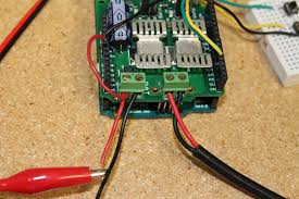 how to monitor feedback of a linear actuator part 1 progressive now we need to connect the linear actuators wires to the a and b terminals on the megamoto and connect the 12v power source to bat and gnd to bat