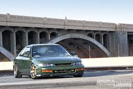 Honda Prelude 2.2 1999   Auto images and Specification