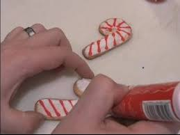How To Decorate A Cane Decorating Christmas Sugar Cookies Decorating Candy Cane 60