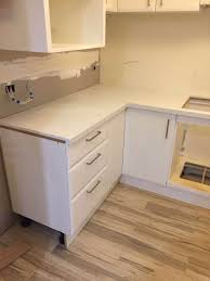 Kitchen Benchtop Carrara Quartz Stone Kitchen Benchtop Prefabricated Benchtops