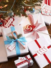 Christmas Gift Wrapping Ideas That Are Fun And FabulousBeautiful Christmas Gift Wrap