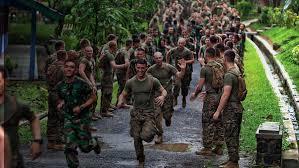 marines running