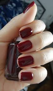 top 10 fall nails colors for fair skin