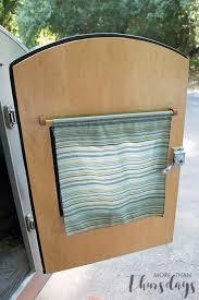 trailer door curtain down