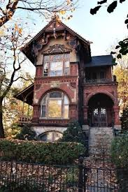 Victorian/Goth Houses