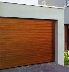 picture of the insulated hormann rollmatic garage door in golden oak