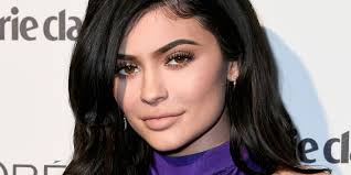 kylie jenner shared makeup free videos with baby stormi and she makes being a mom look natural