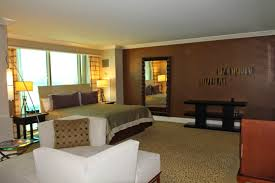Mandalay Bay 2 Bedroom Suite Hungry For Points Trip Report 2014 Bacon Conference In Las Vegas