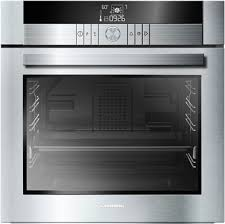 for your convenience this oven uses an excellent clean glass door which prevents the build up of