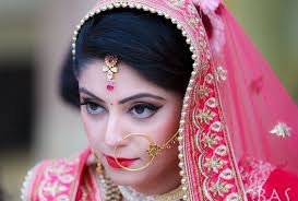 enement is an occasion that denotes a promise of marriage between a man and his beloved it is natural for a woman to look the best for her man on that