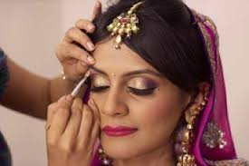 reception indian bride wearing heavy diamond set for reception bridal makeup indian north indian bridal
