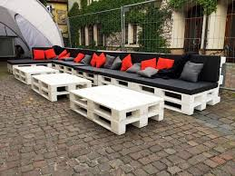 large in size pallet seating set