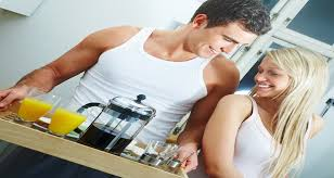 Evlilikleri güçlü kılan 10 alışkanlık ile ilgili görsel sonucu