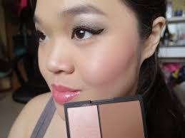 sleek face contour kit in light 884