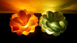 Paper Flower Lamp Giant Flower Lights Diy How To Make And Light Up Giant Paper Flowers Ezycraft